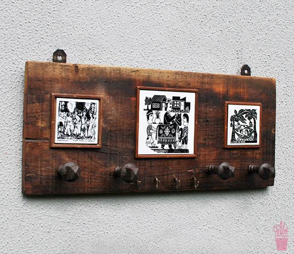 Porta-chaves e cabideiro com madeira de demolição
