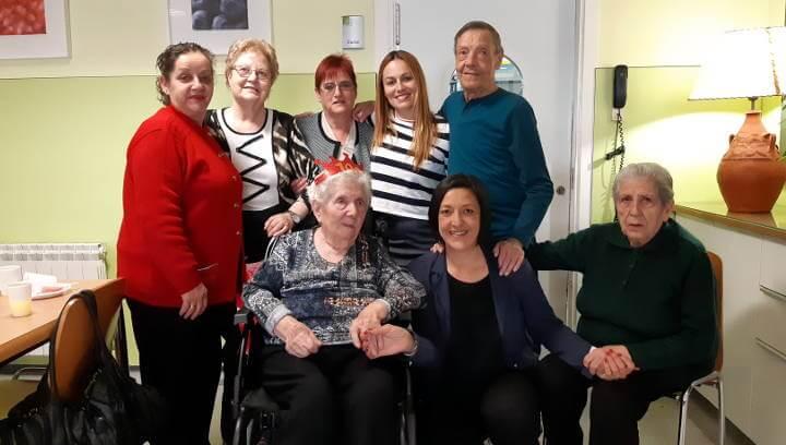 Pepita Gabarró celebra 100 anys - Foto de grup