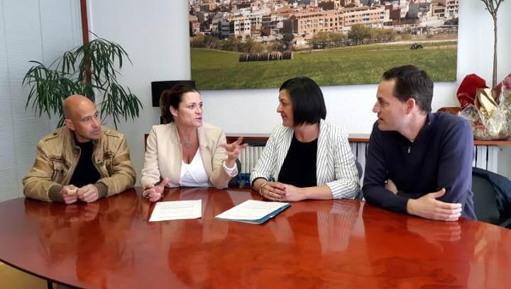Signatura del conveni amb la Fundació Cruyff