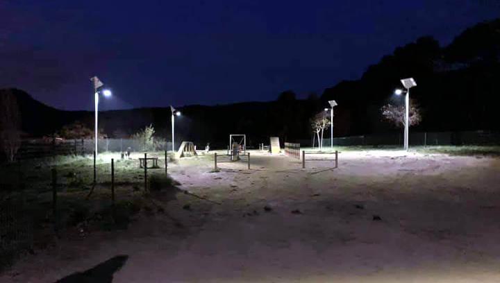Il·luminació solar al zona agility del Parc Fluvial