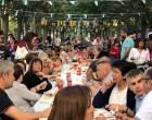 La proposta gastronòmica i musical del Viu La Tapa aplega més d'un miler de persones al passeig de la Indústria