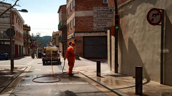 Neteja carrers amb proteccio civil 2