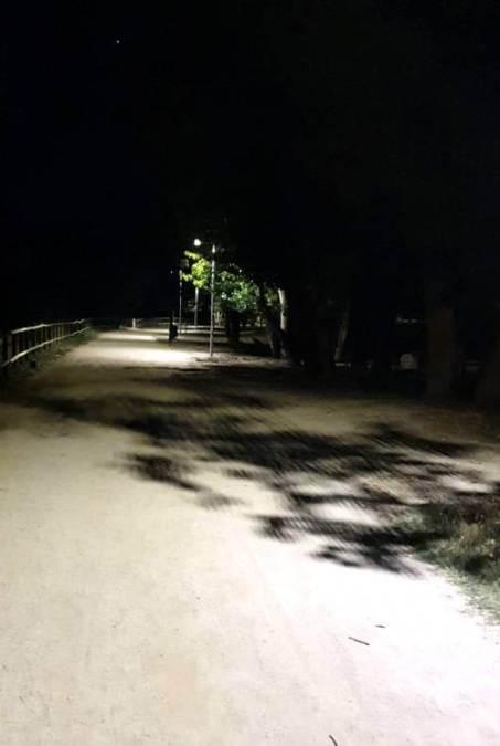 Fanals solars 1 parc fluvial VILANOVA CAMI