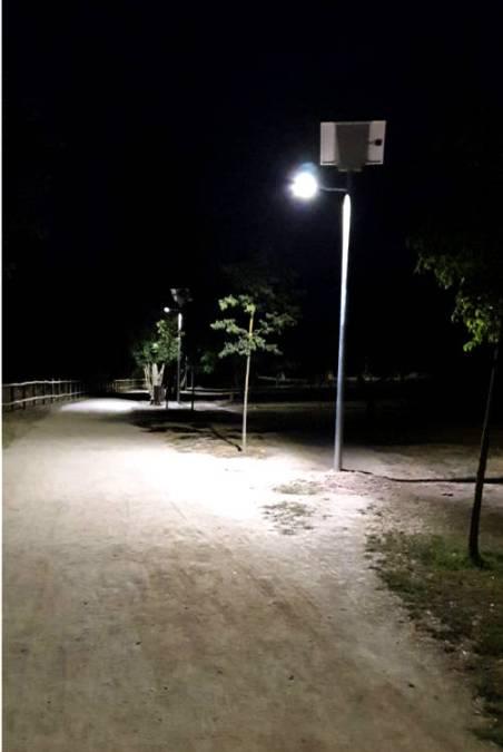 Fanals solars 2 parc fluvial VILANOVA CAMI