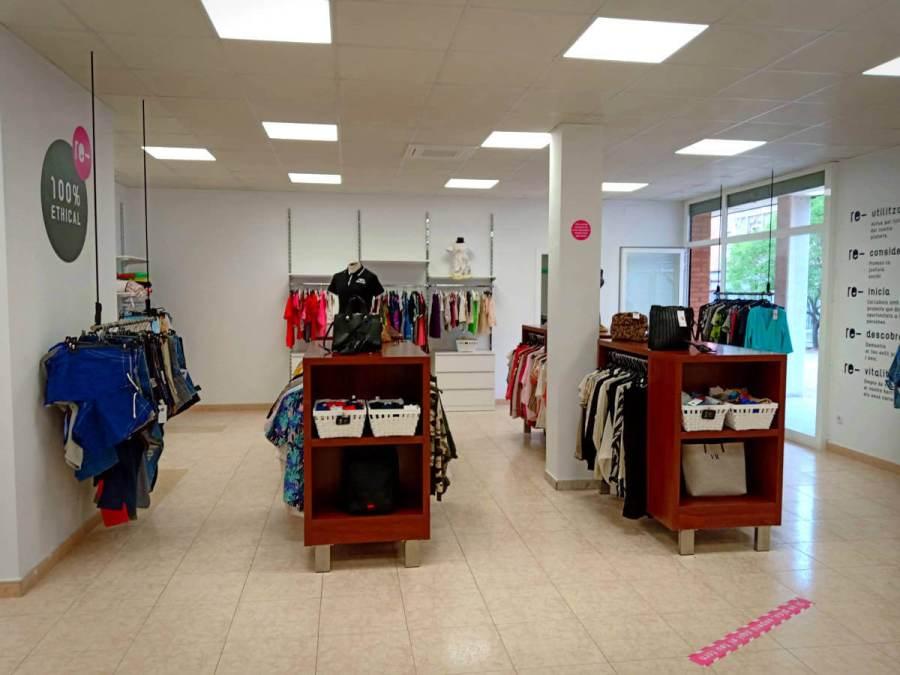 botiga Caritas 2