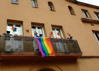 Facana Ajuntament LGTBI