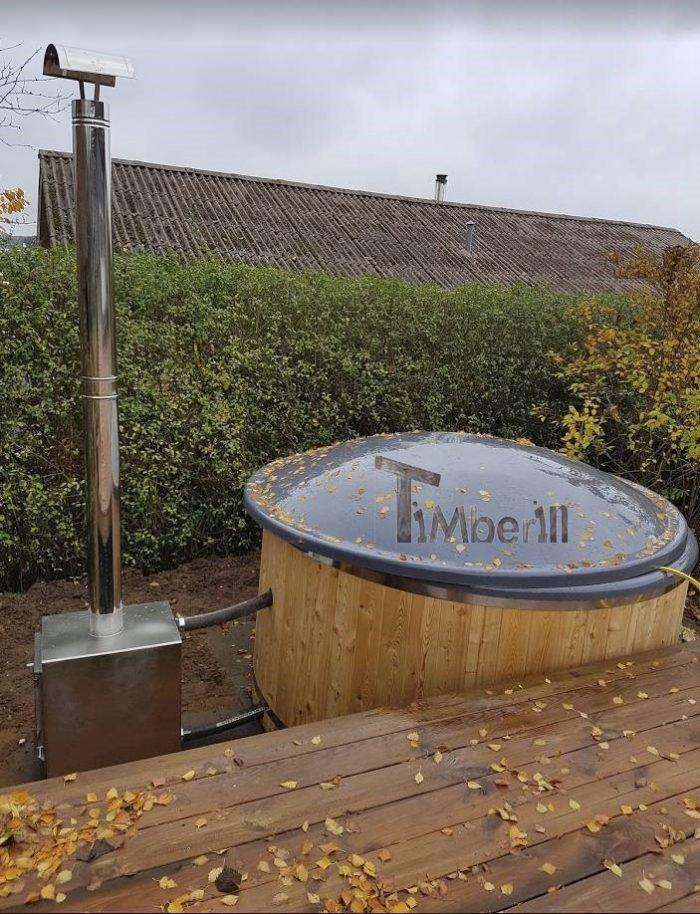 Vildmarksbad I Glasfiber Termotræ Med Udvendig Ovn, Bjarke, Østbirk, Danmark (3)