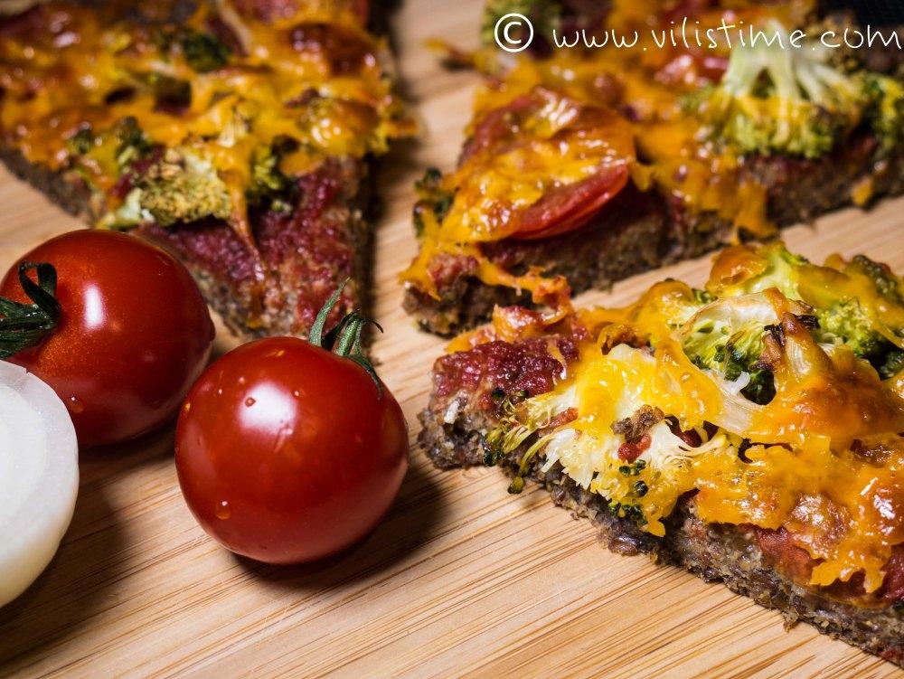 Безглутенова пица с блат от натрошено ленено семе
