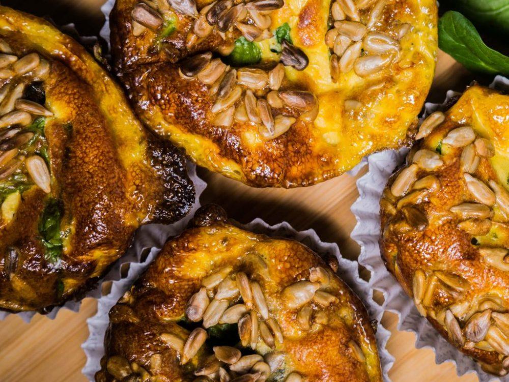 Спаначени мъфини с рикота и слънчогледови семена