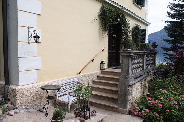 Aussenbereich Treppe Vorgarten