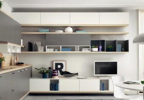 pareti soggiorno moderne, parete attrezzata sospesa con vano a giorno grande con 4 mensole, bianco lucido e rovere grigio. Equipped Walls