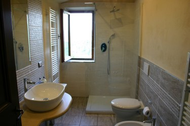 Family bathroom in Apartment Quercia