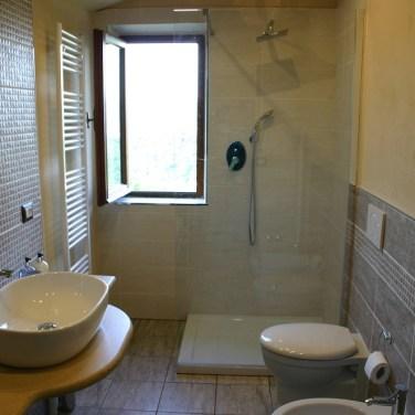 Family bathroom in Apartment Quercia
