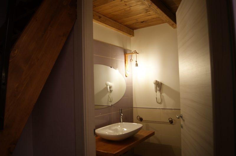 camera glicine - bagno
