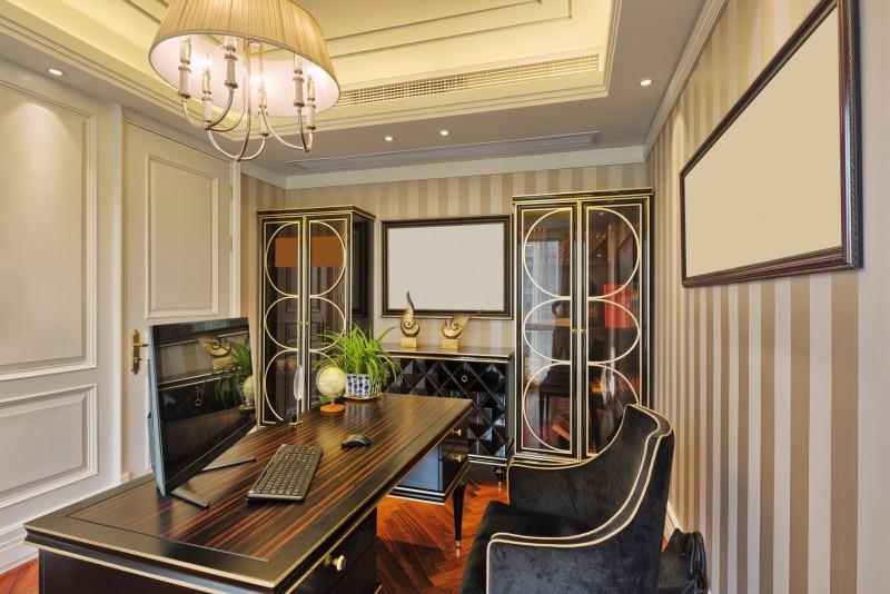 domowy gabinet wklasycznym stylu