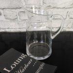 szklany wazon zgrubego szkła