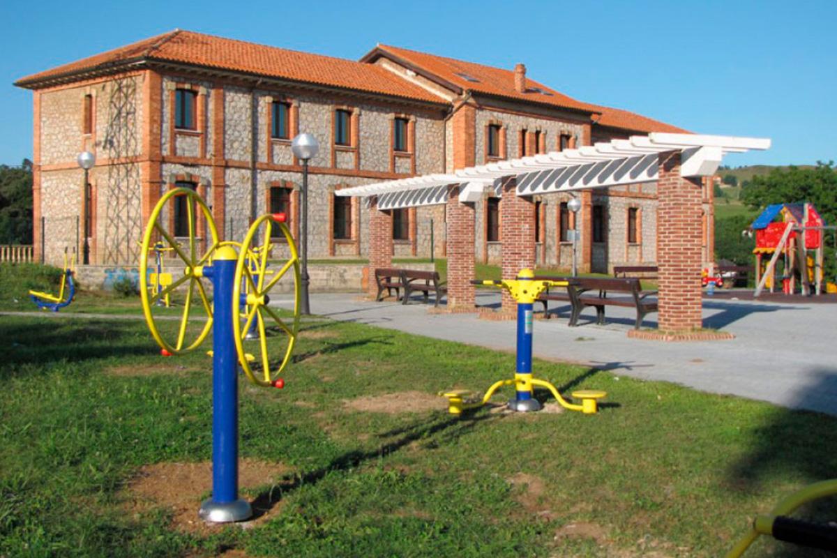 Imagen parque con gimnasio