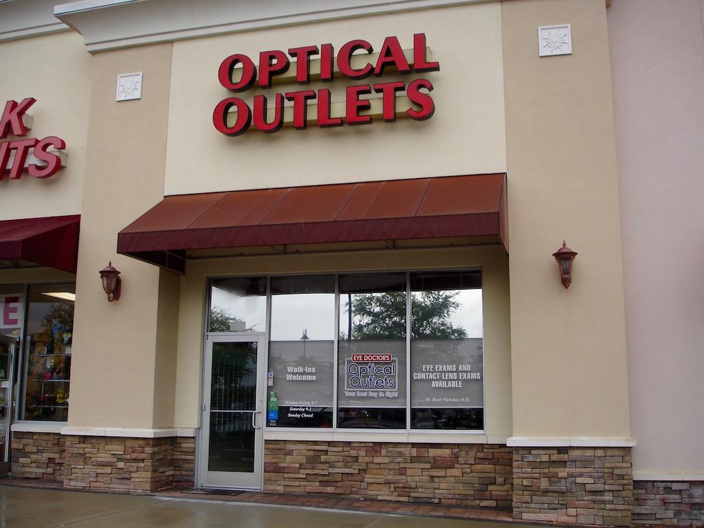 1bc29ae992e3 Optical Outlets Villages News Com