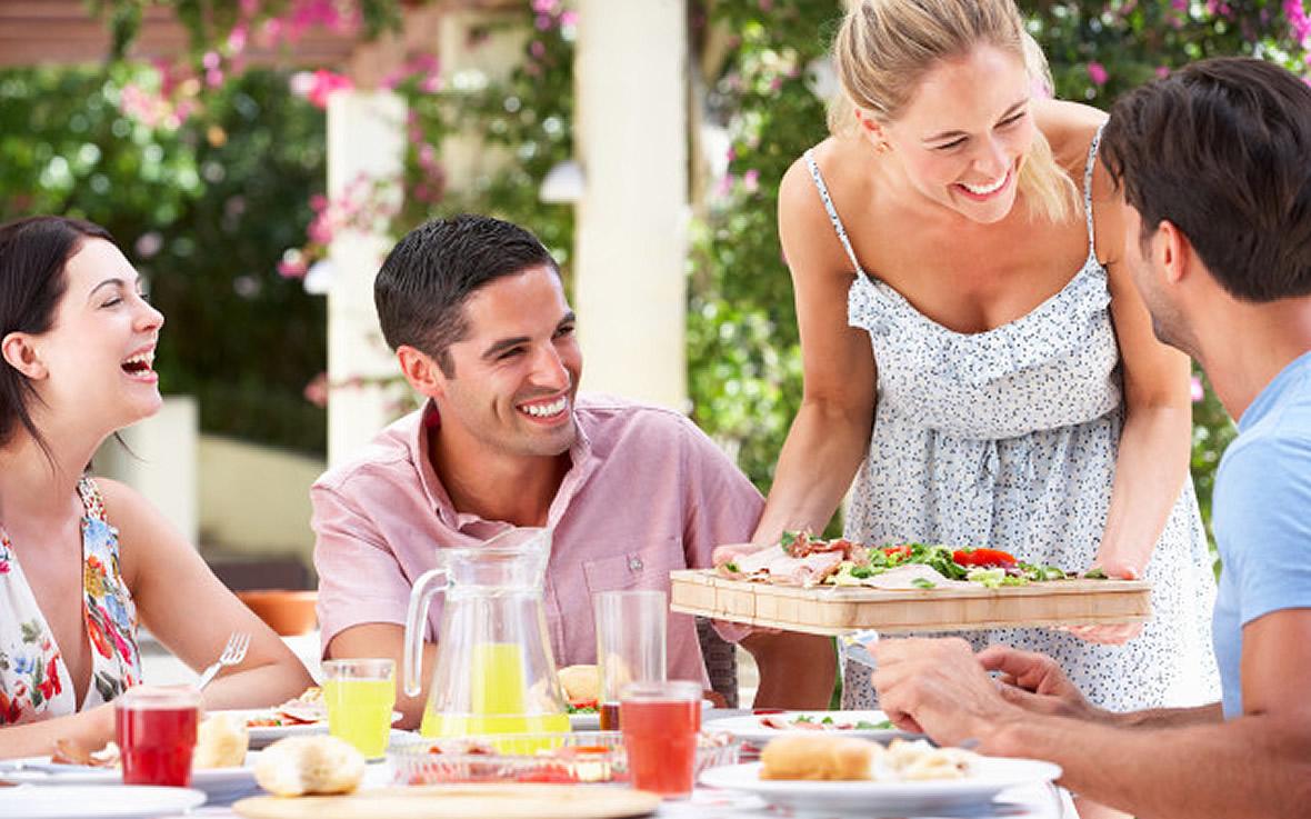 villaggio-le-palme-ascea-marina-servizi-ristorante-servizio-004.jpg?fit=1180%2C737&ssl=1
