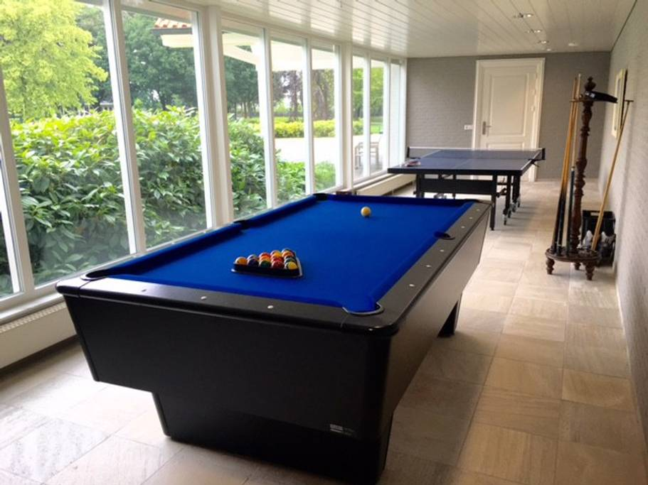 pooltable Villa Kempen-Broek