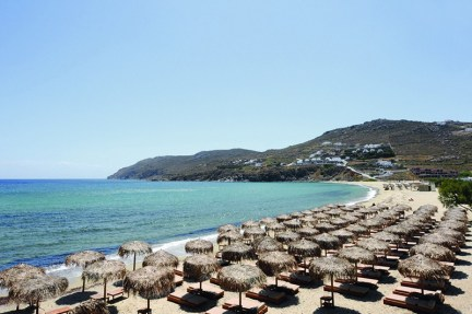 Kalo Livadi, a family beach in Mykonos