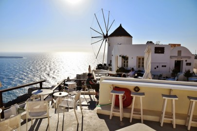 Oia restaurant-Santorini