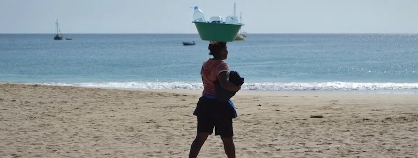 Carrying supplies on the head in Maio