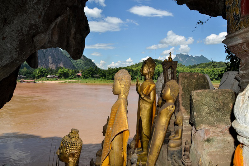 Must-see of Luang Prabang - PakOu caves