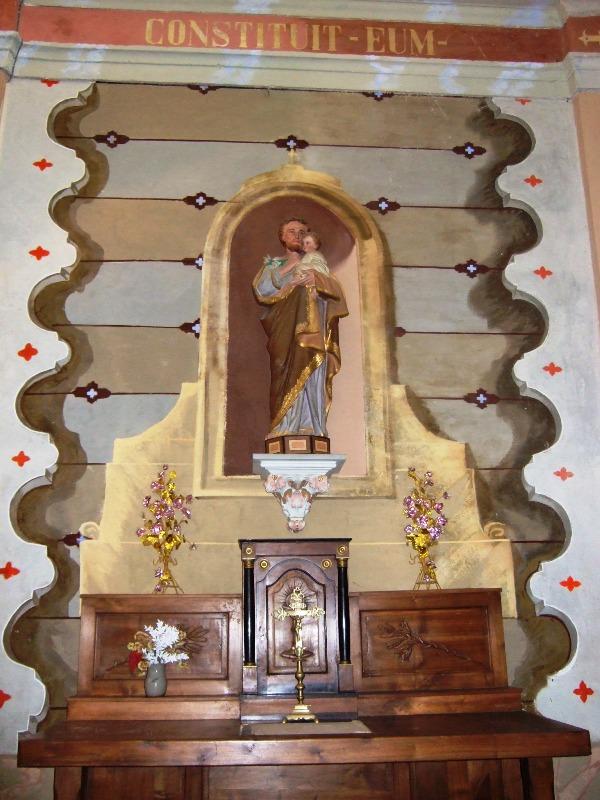 Autel transept droit - Eglise
