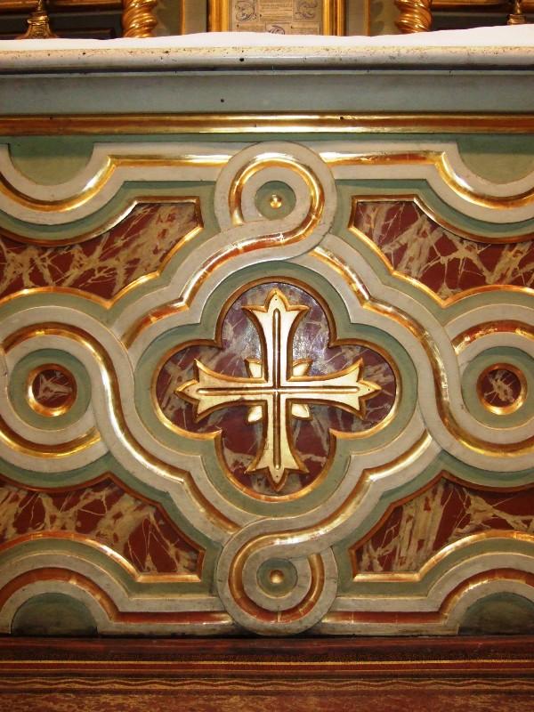 Maitre-autel croix - Eglise