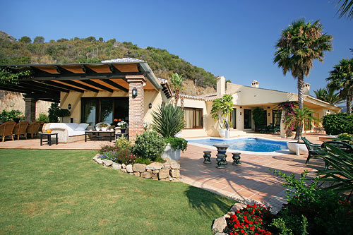 Benahavis Hills Villa for Sale - 2,450,000 euros