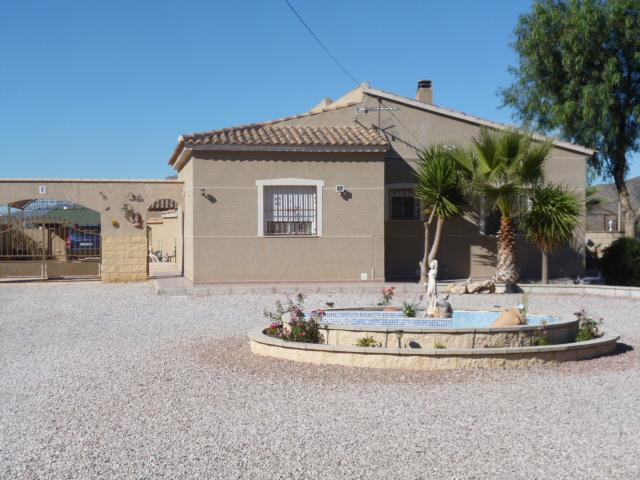 Frailes Villa For Sale #275