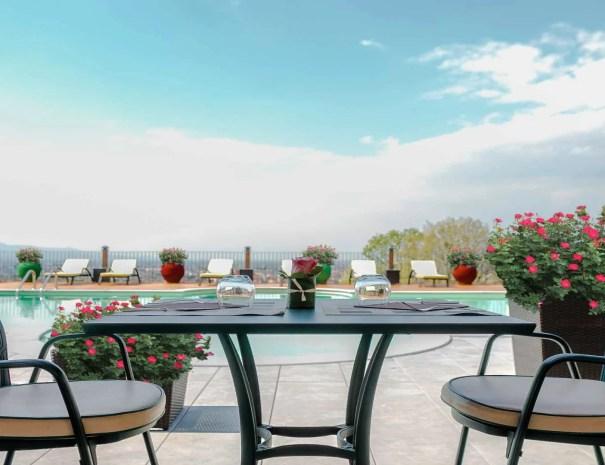 Terrazza Tolomei Pool & Lunch