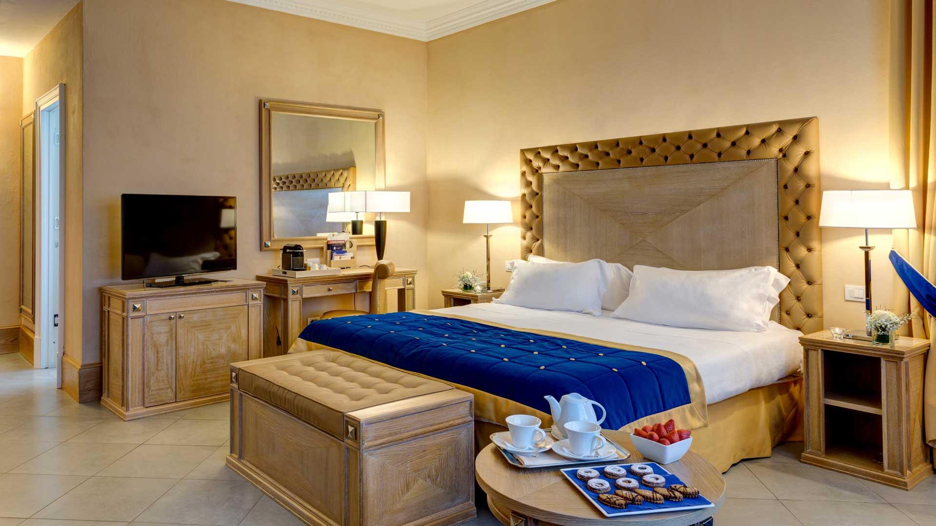 Deluxe Room - Villa Tolomei Hotel & Resort 5 stelle
