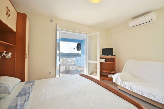 villa tomislav apartment2 bedroom 02
