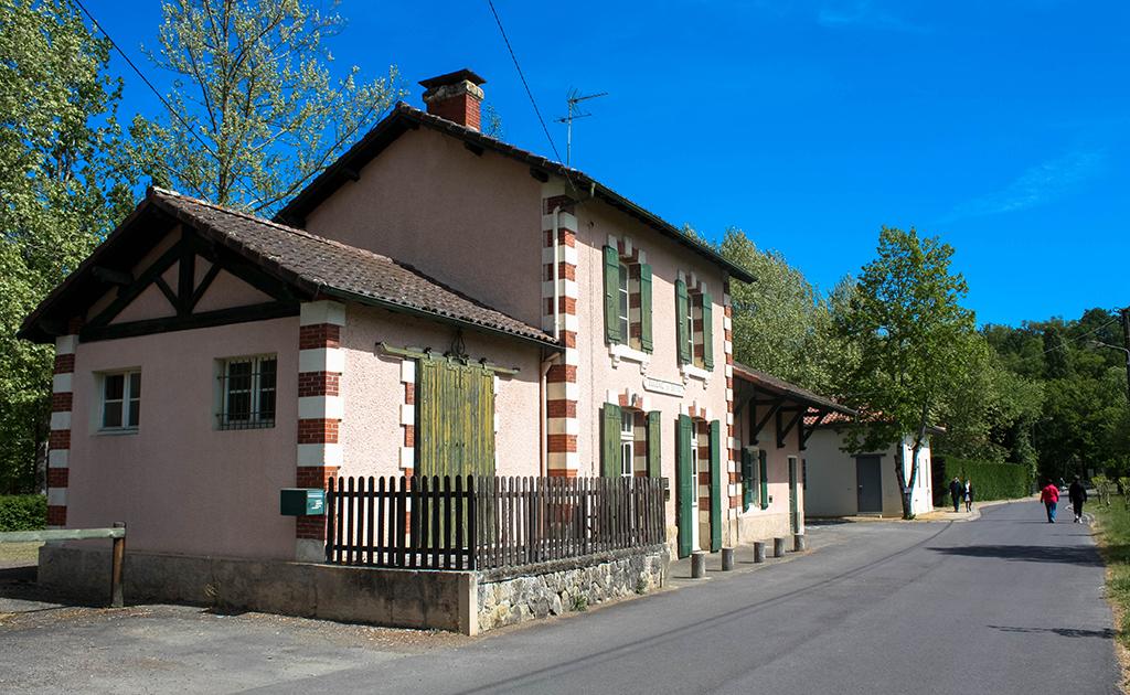 Hôtel du bois (Maison Rose maintenant)