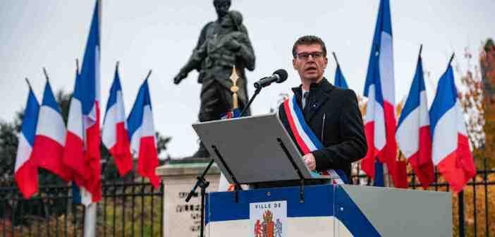 Vidéo : Commémorations de la cérémonie du Souvenir et du 102ème anniversaire de l'Armistice de 1918