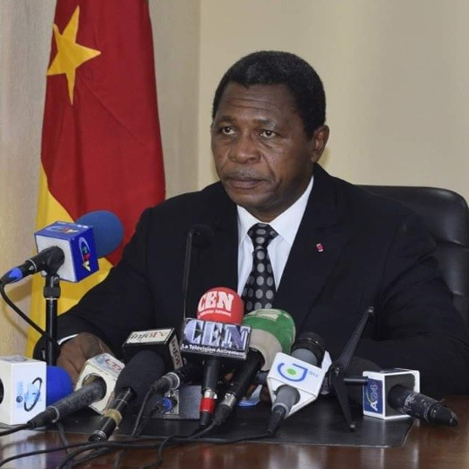 Régions du Nord-Ouest & Sud-Ouest: Paul Atanga Nji restreint l'achat d'armes blanches - Villes et Communes