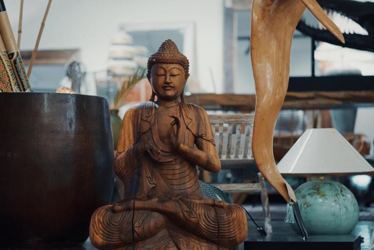 Bali wood shop cafe meditation in Vilnius