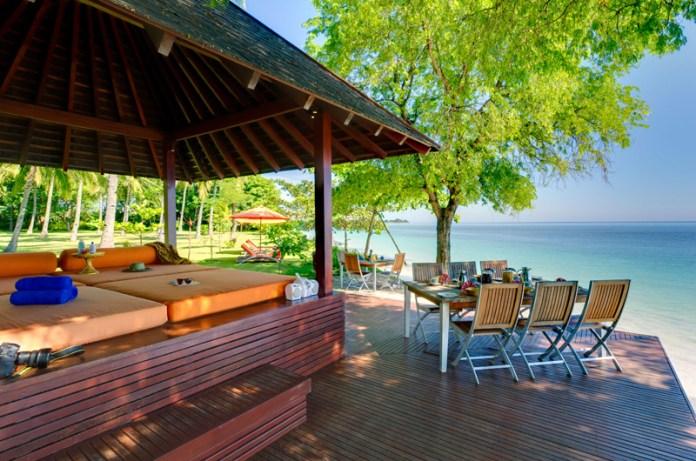 Villa Anandita | 4 bedrooms | Sleeps 8 | Pool | Lombok, Bali
