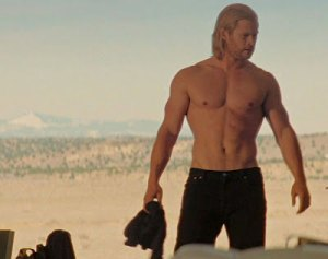 Chris Hemsworth Workout to Get Skinny or Build Muscle