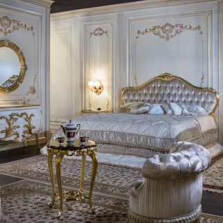 La bellezza di una stanza da letto con arredi dall'atmosfera classica ma con. Camere Da Letto Classiche E Mobili Classici E Di Lusso Per Zona Notte Vimercati Meda