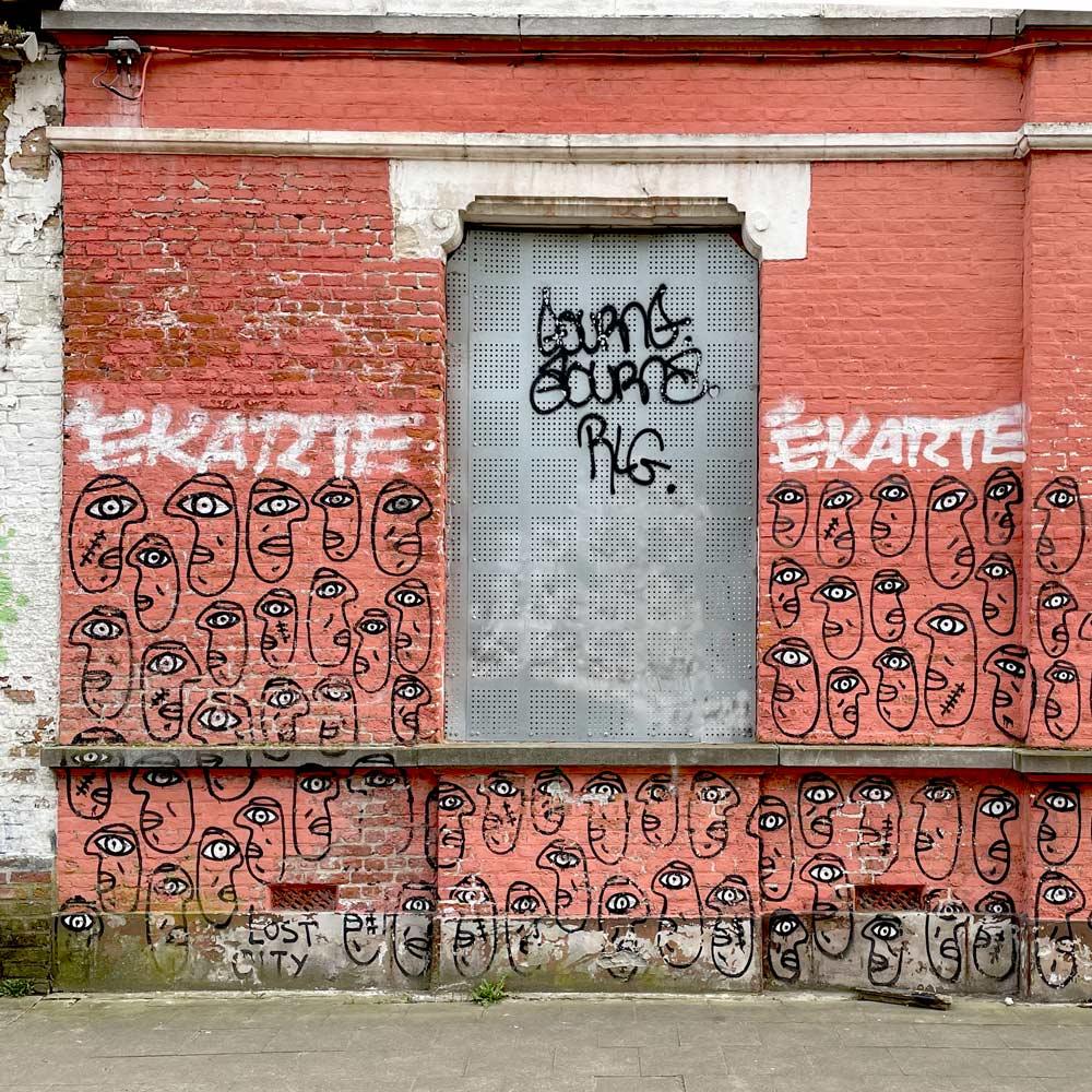 sketchbook-watercolor abandoned houses à doel, belgique, belgium grffiti photo