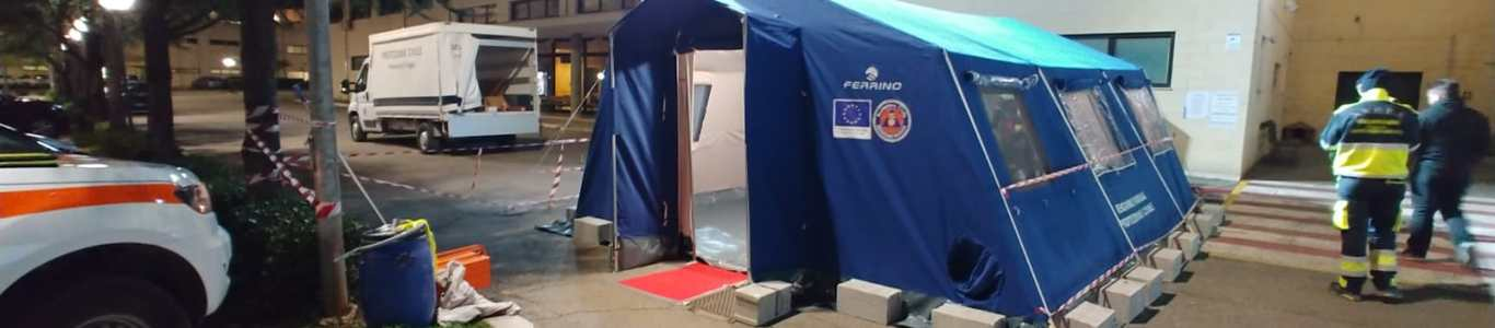 Covid 2019, l'AVERS installa una tenda pre-triage