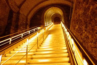 Champagne Veuve Clicquot - Escalier Honneur