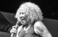 Darlene Love se reúne con Springsteen y Costello en su nuevo disco