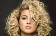 Tori Kelly premio Breakthrough en los Billboard Women In Music
