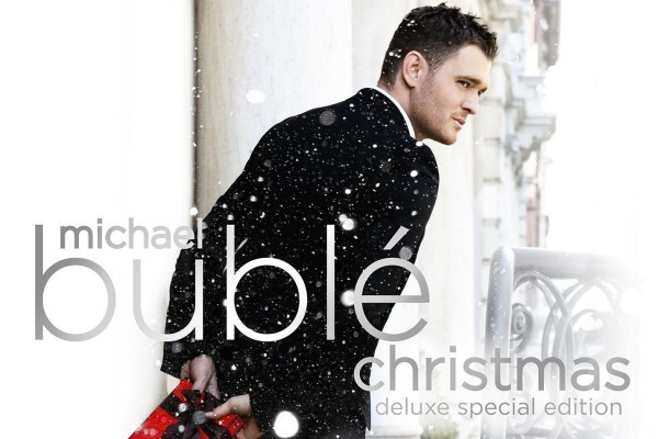 Michael Bublé regresa al #1 mundial con 'Christmas', séptima semana no consecutiva en la cima
