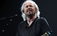 ¿Barry Gibb con Coldplay en Glastonbury?
