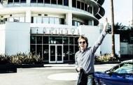 Paul McCartney firma un contrato mundial con Capitol y anuncia que trabaja en un nuevo disco